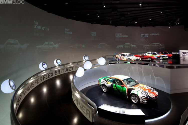 David Hockney's BMW Art Car-04